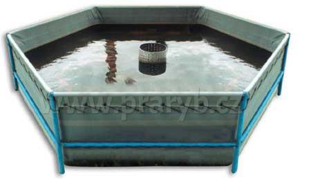 Vak nádrže (bazénu) plachtový 6 x 0,9 m šestiboký, objem cca 18.000 litrů - ke konstrukci